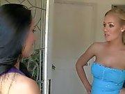 Hotties Nicole Aniston And Lola Foxx