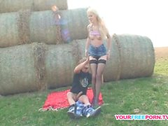 Blonde MILF gives me amazing memory