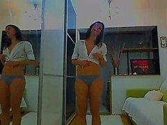 Free Chat Brunette Huge Boobs Fucks Big Dildo on Webcam