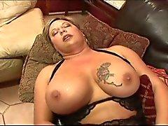 Massive tits blonde bbw lesbians eating wet cunts
