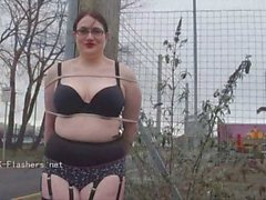 Amateur flasher Alyss outdoors and chubby exhibiti