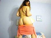 Blonde BBW shows off her boobs