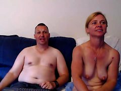 Mature amateur ins a webcam