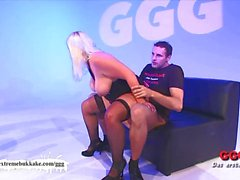 Blonde amateur bounces on this hard cock