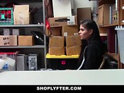 Shoplyfter Sexy Teen Fucked By Santa
