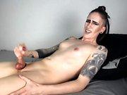Horny Webcam Girl Masturbate Sweet Pussy
