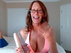 milf webcam star talks about her shows