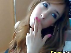 Horny Teen Masturbating on Cam