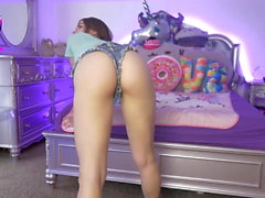 Perfect Butt And Legs Girl Show Cam Home Voyeur